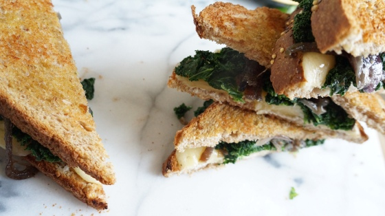 kale on onion grilled cheese // kitchenblend