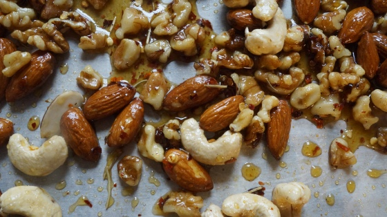 spicy maple nuts // kitchenblend
