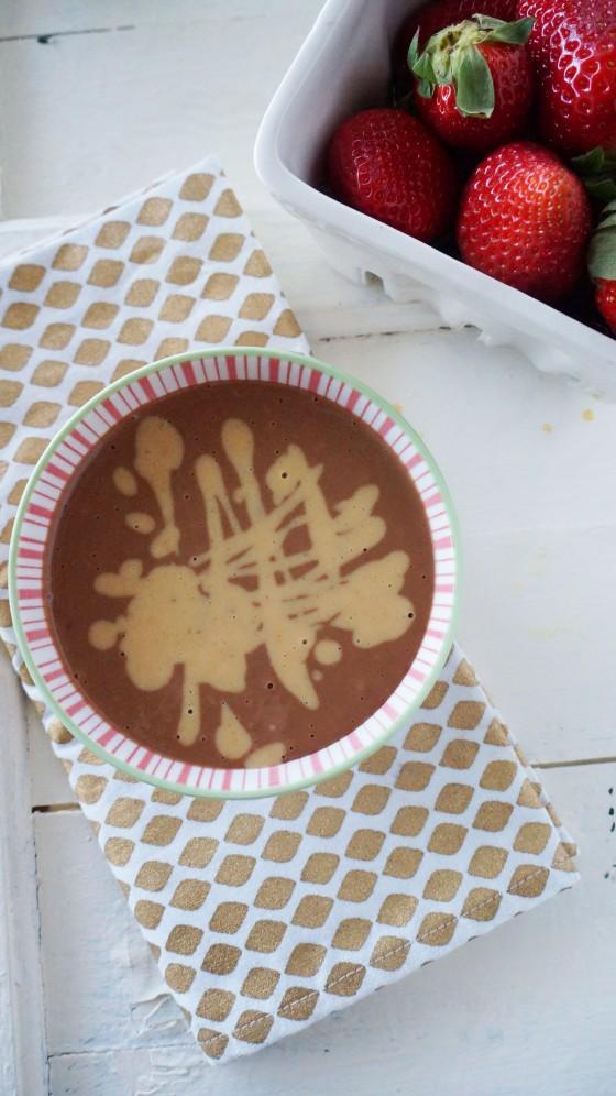 vegan chocolate peanut butter dessert dip // kitchenblend
